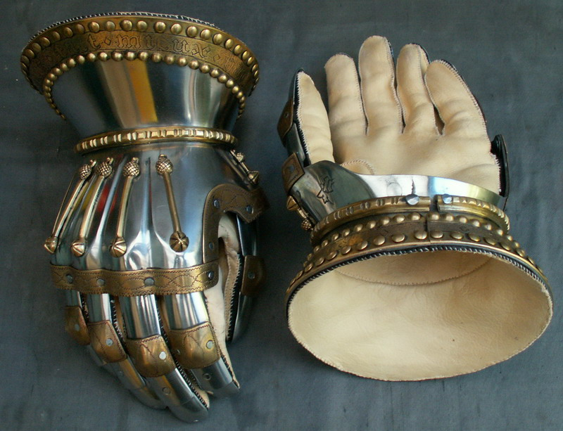 15th century armour gloves