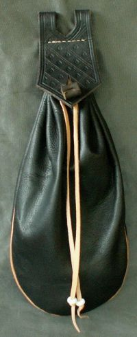 15th/16th century narrow belt bag with piped seams and tooling