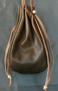 Ladies 14th/17th century round drawstring purse
