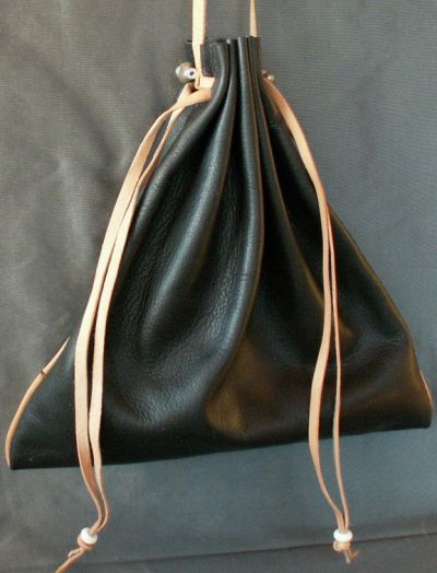 Ladies 14th/15th century large square drawstring purse with piped seams