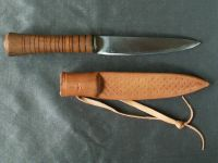Whillte tang knife