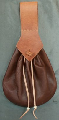 Ladies 17th century teardrop belt purse