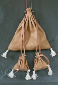Ladies 13th/15th century square drawstring purse with miniature purses