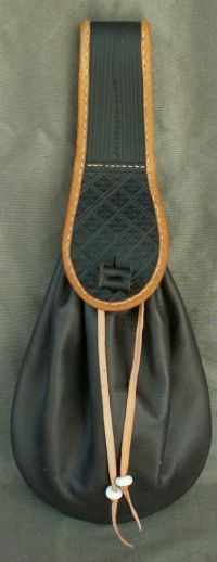 Ladies 17th century narrow belt purse with tooling and an internal coin purse