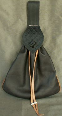 15th/16th century medium belt bag with piped seams and tooling